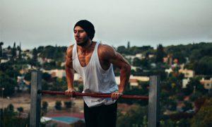 top 5 actividades deportivas que puedes hacer 30 minutos al día street workout 300x180 - top-5-actividades-deportivas-que-puedes-hacer-30-minutos-al-día-street-workout
