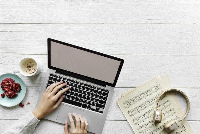 Oficina 639x430 - Encuentra un pasatiempo que se adapte con tu trabajo y tus necesidades